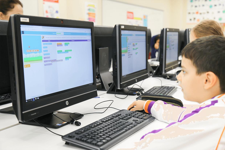 Çocuklar İçin Kodlama Öğrenebilecekleri Ücretsiz 12 İnternet Sitesi